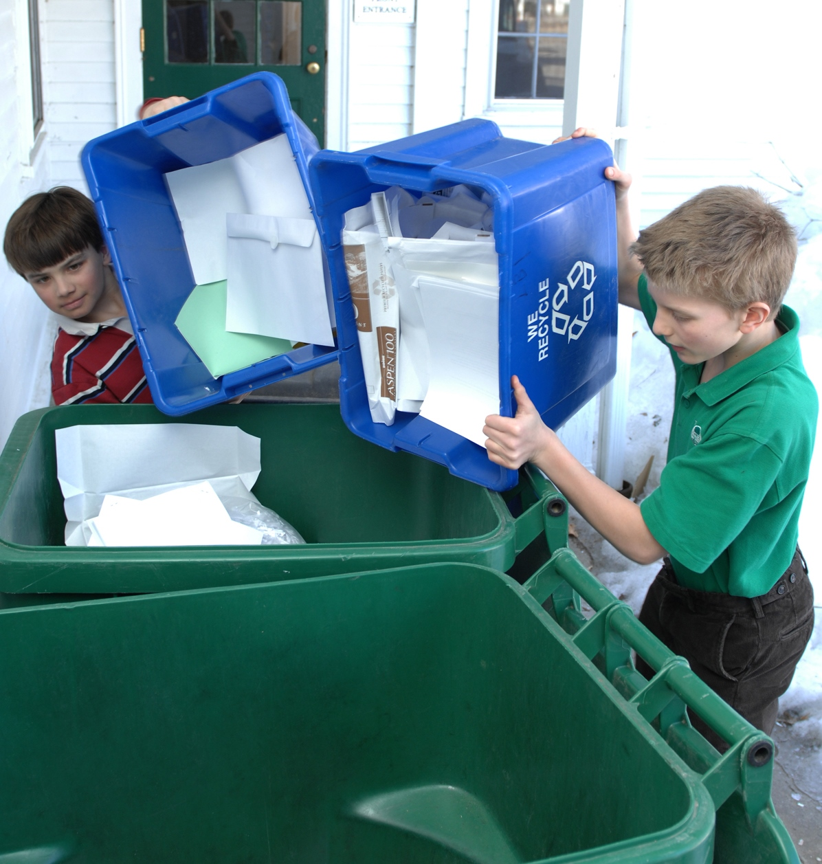 Fenn students recycling